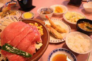 富士桜ポークを使った陶板焼き