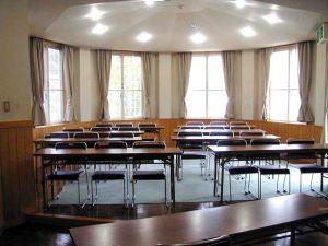 ラベンダーは分割して小会議室にも